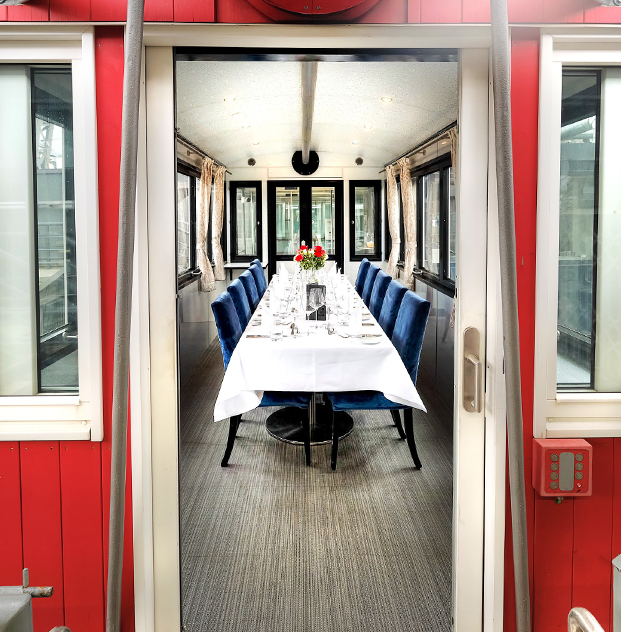 "Waggon ""the Table"" für 2 bis zu 11 Personen"